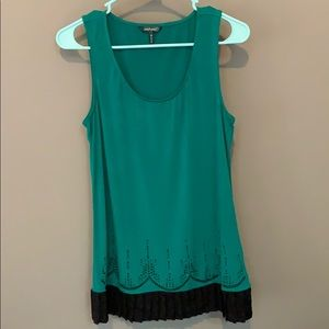 Daisy Fuentes Green Dress/Long Top